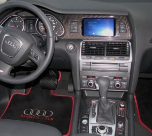 Audi Q7 Dashboard and console