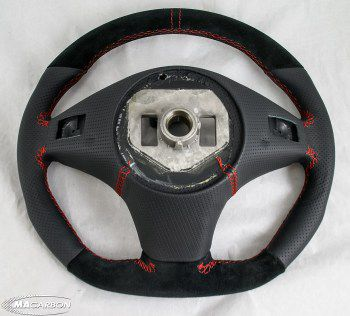 W204 Steering Wheel (Suede / Leather)