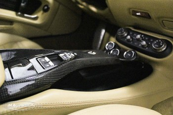 Ferrari California Center Console